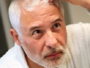 How to Handle Hair Loss as You Age